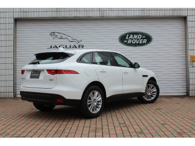F-PACE 2.0 I4 DIESEL (180PS) AUTO PURE 5ドア