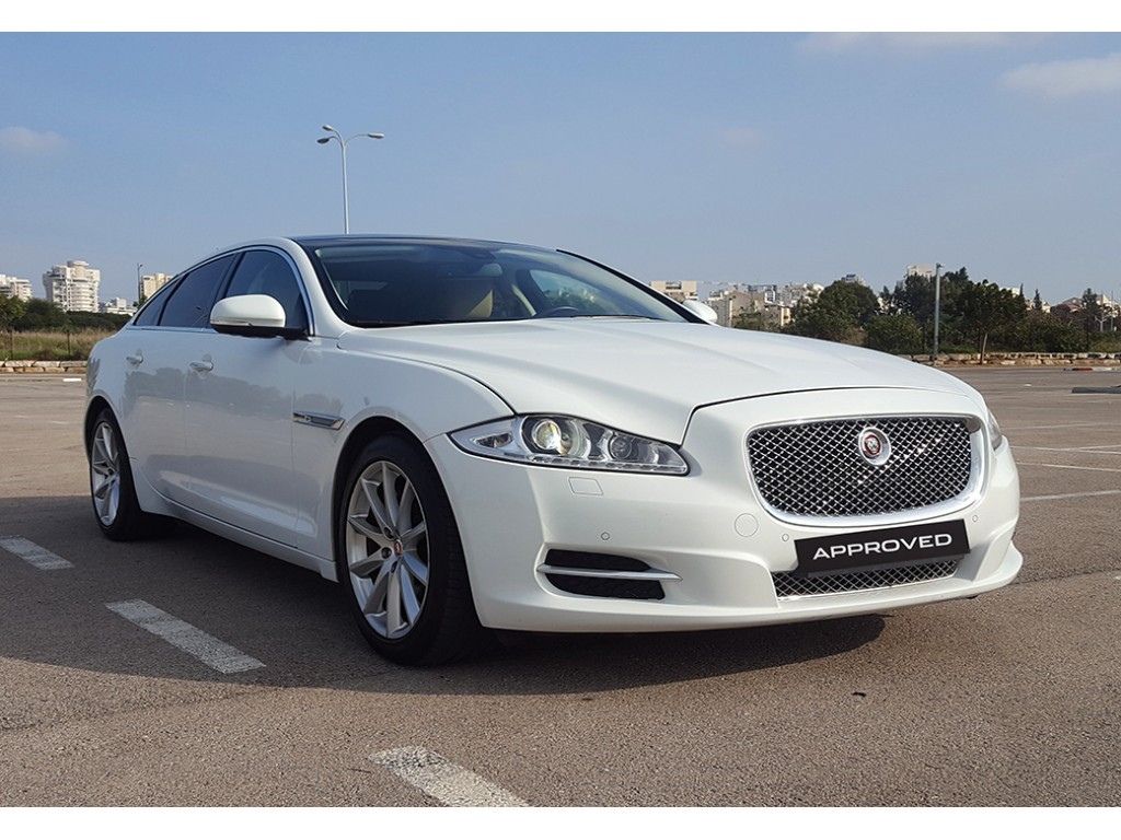 XJ 3.0 V6 SUPERCHARGED PREMIUM LUXURY סלון