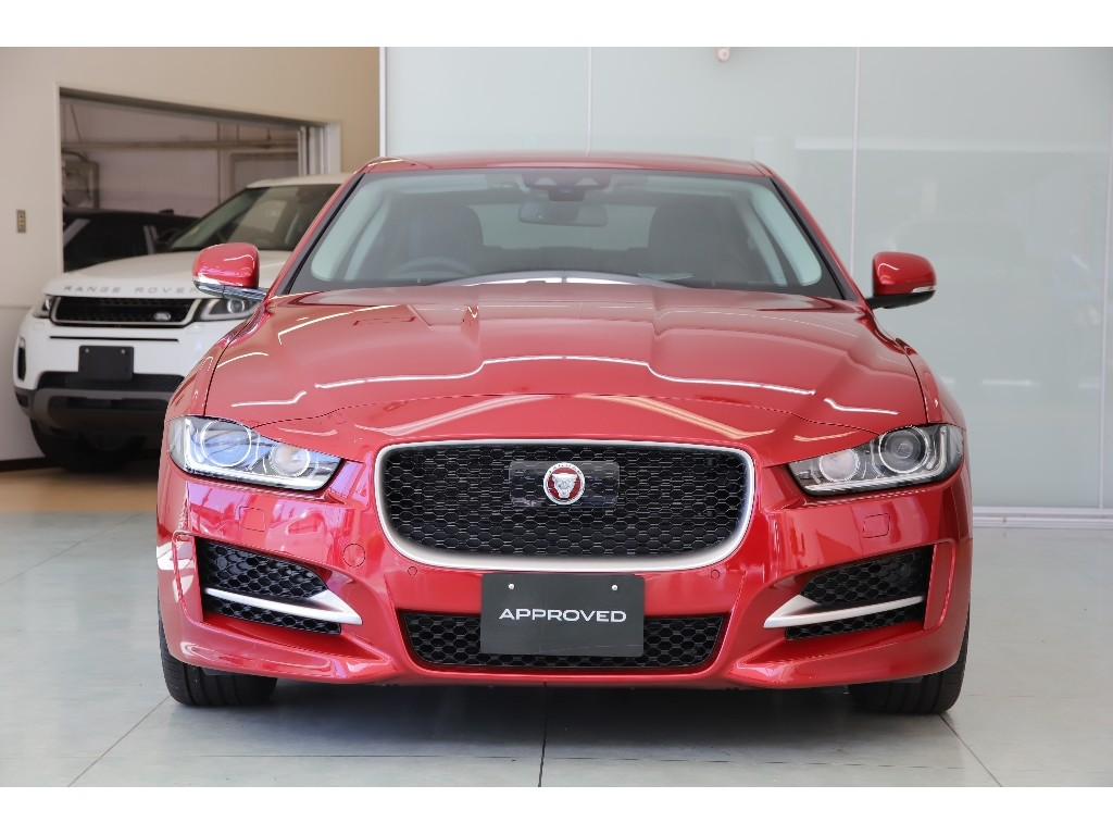 XE 2.0 I4 DIESEL (180PS) R-SPORT サルーン
