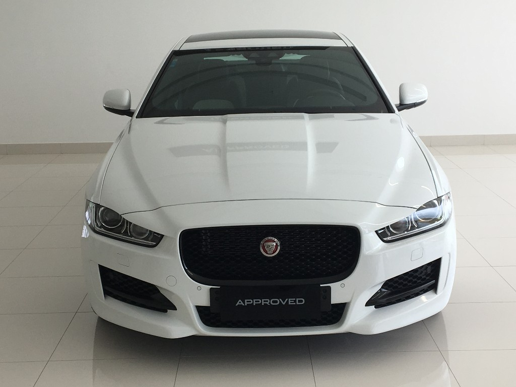 XE 2.0 I4 GASOLINA R-SPORT SEDAN