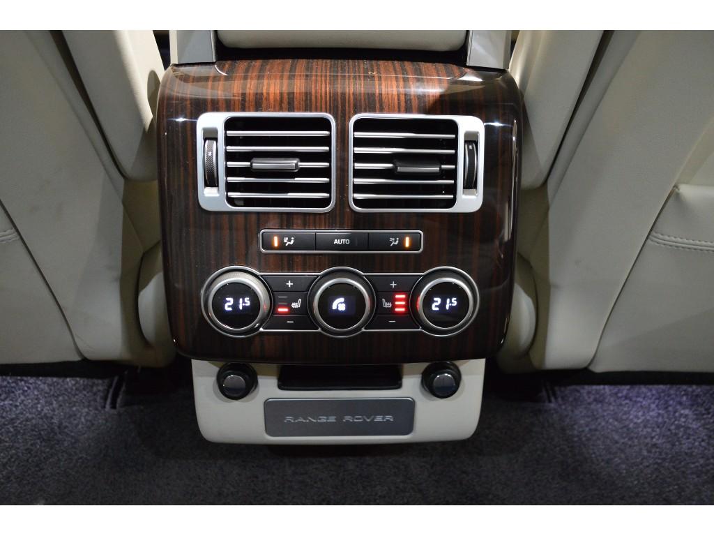 RANGE ROVER スタンダードホイールベース 5.0リッター V8 スーパーチャージドガソリンエンジン VOGUE