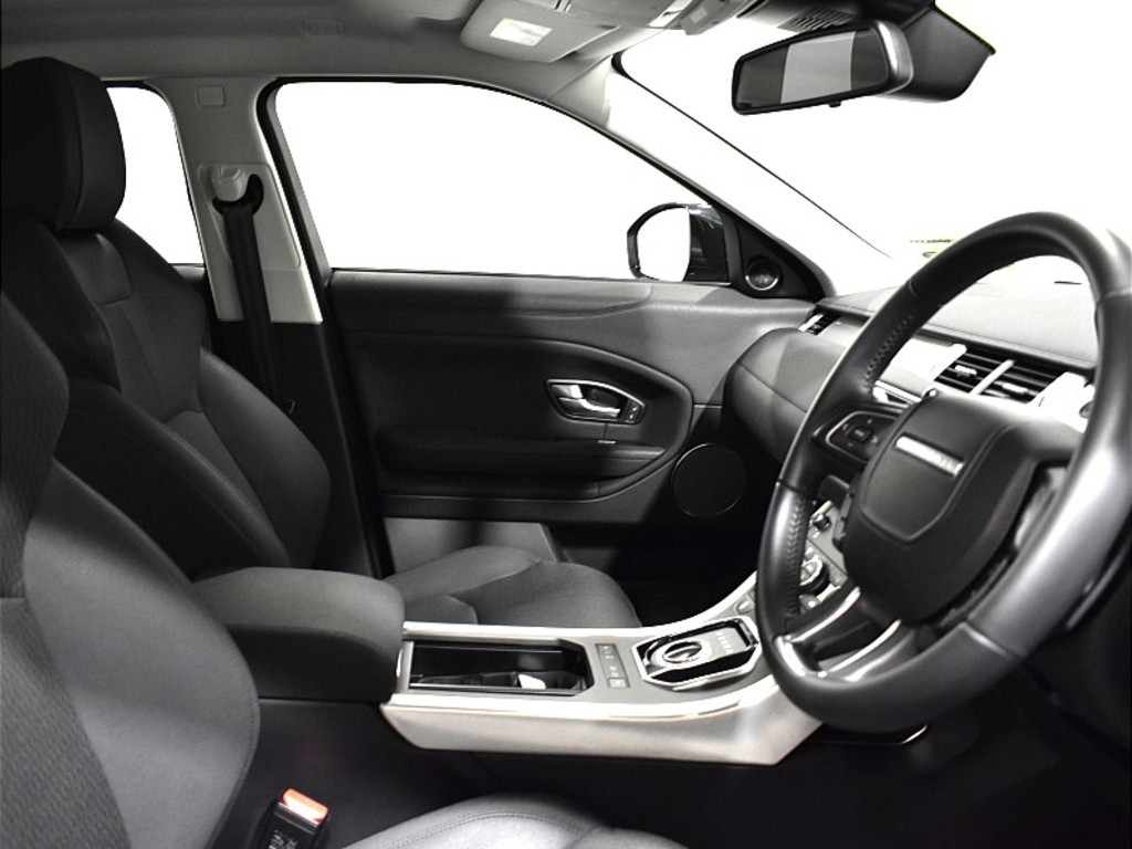 RANGE ROVER EVOQUE 5 DOOR 2.0 I4 D PURE