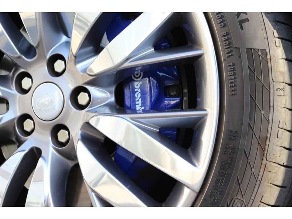 RANGE ROVER SPORT 5.0リッター V8 スーパーチャージドガソリンエンジン SVR