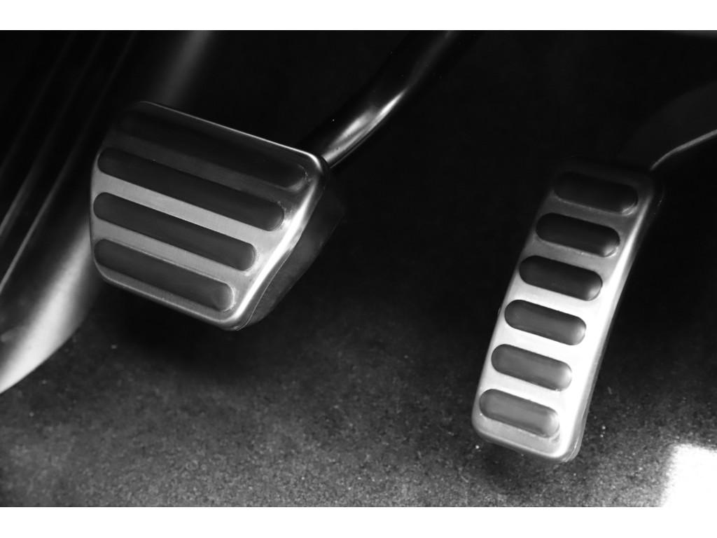 RANGE ROVER SPORT 5.0リッター V8 スーパーチャージドガソリンエンジン AUTOBIOGRAPHY DYNAMIC