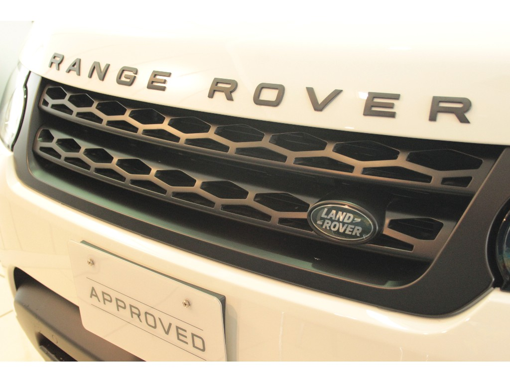 RANGE ROVER SPORT 3.0リッター V6スーパーチャージドガソリンエンジン AUTOBIOGRAPHY DYMANIC