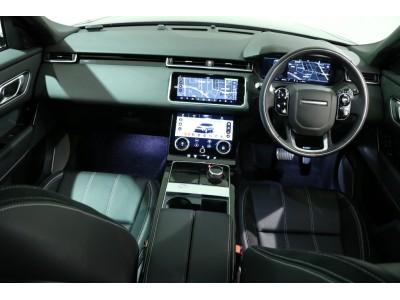 RANGE ROVER VELAR 3.0リッター V6スーパーチャージドガソリンエンジン R-DYNAMIC SE