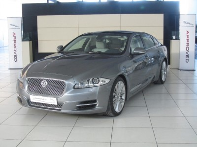 Used jaguar New XJ in Kuwait