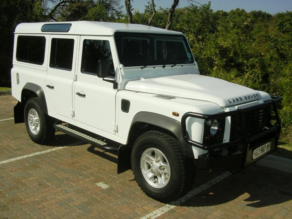 2013 Defender 110 station wagon