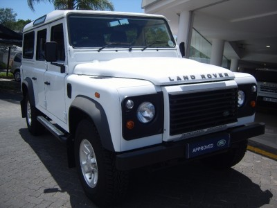 Used jaguar Defender 110 in Sandton