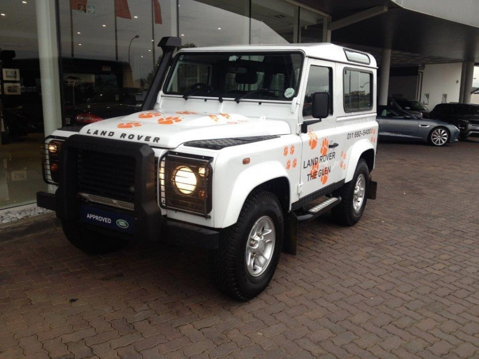 2014 Defender 90 90 Soft Top SVX