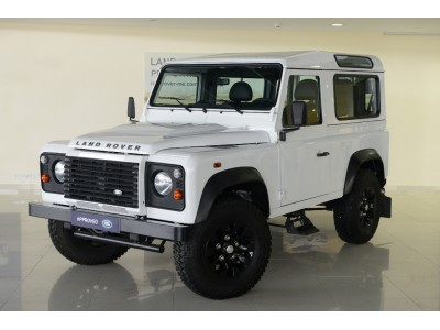 Used jaguar Defender 90 in Erbil