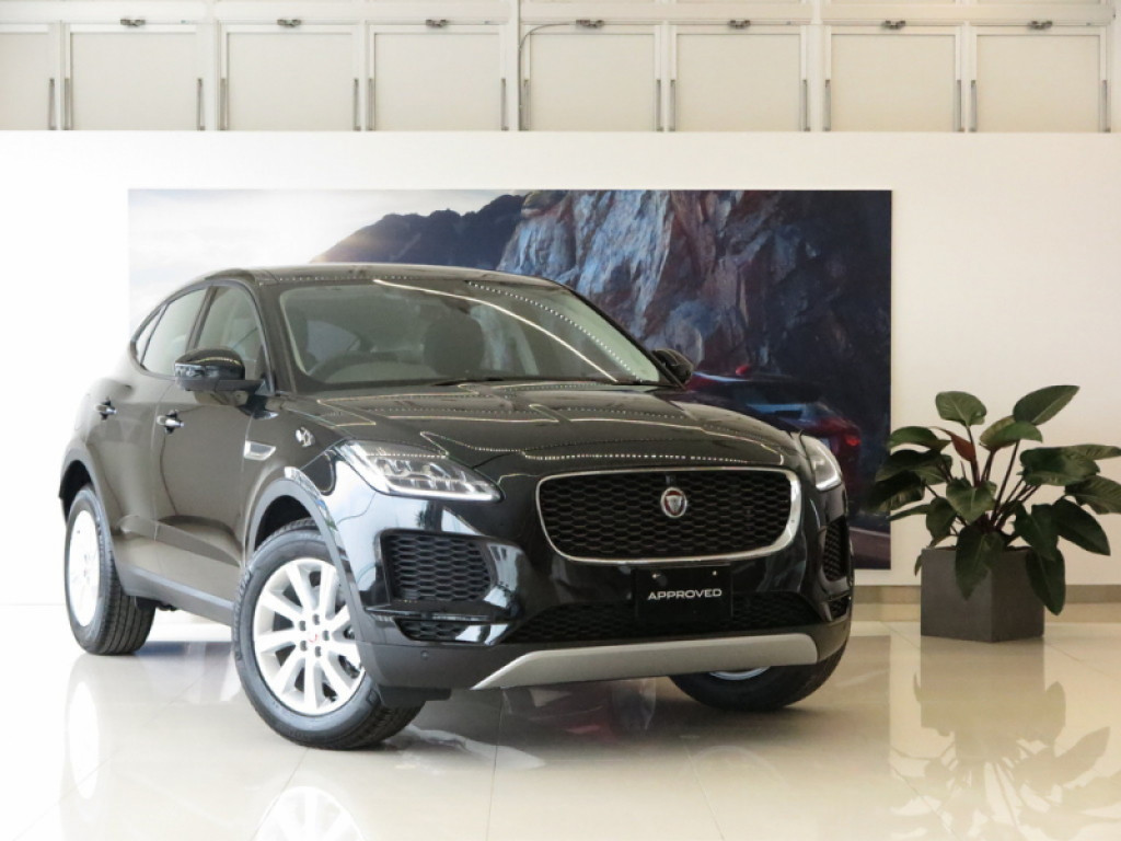 E-PACE 5ドア Pure (MY20)